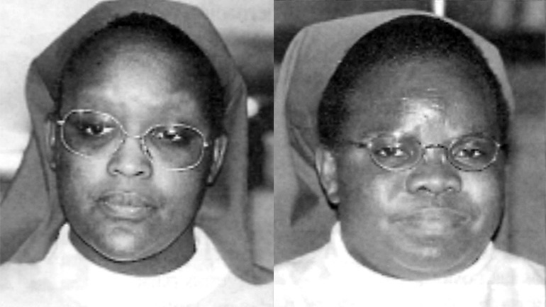 Sor Consolata Mukagango. A la derecha,Sor Julienne Mukabutera