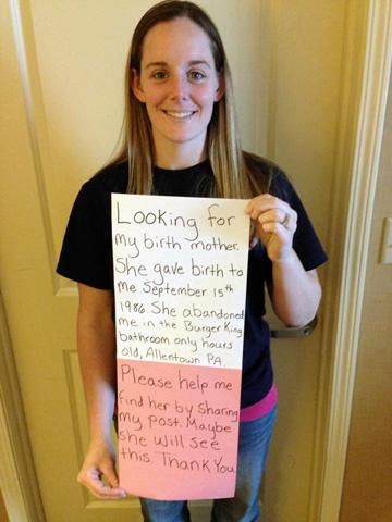 La foto que colgó Katheryn en Facebook para buscar a su madre