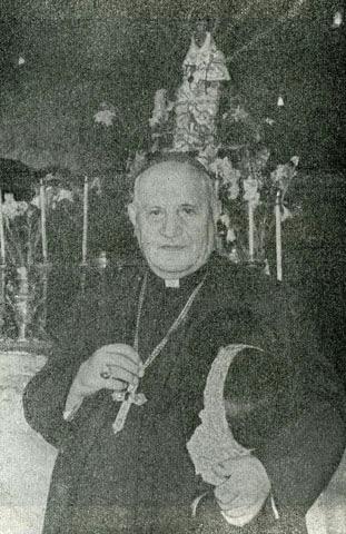 Imagen del cardenal Roncallien la gruta de la Santina