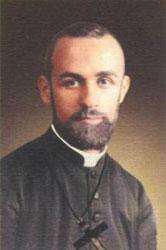 El padre Mario Vergara