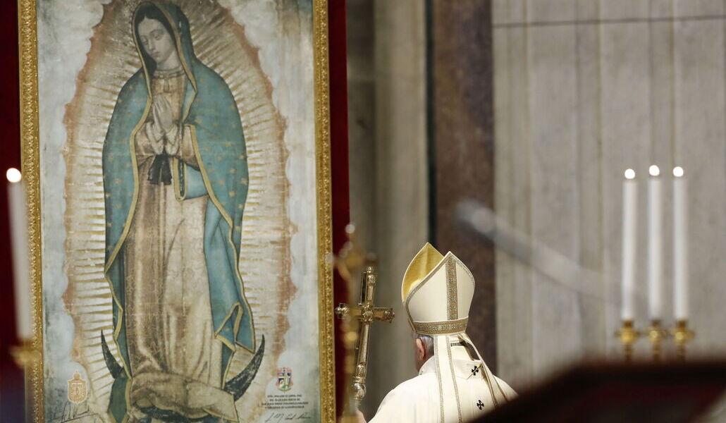 El Papa ante la Virgen de Guadalupe