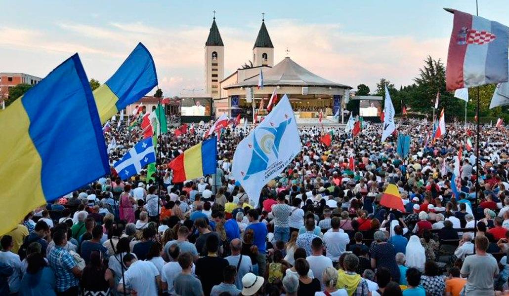 El Papa anima a los jóvenes reunidos en Medjugorje a tener el coraje de seguir a Cristo